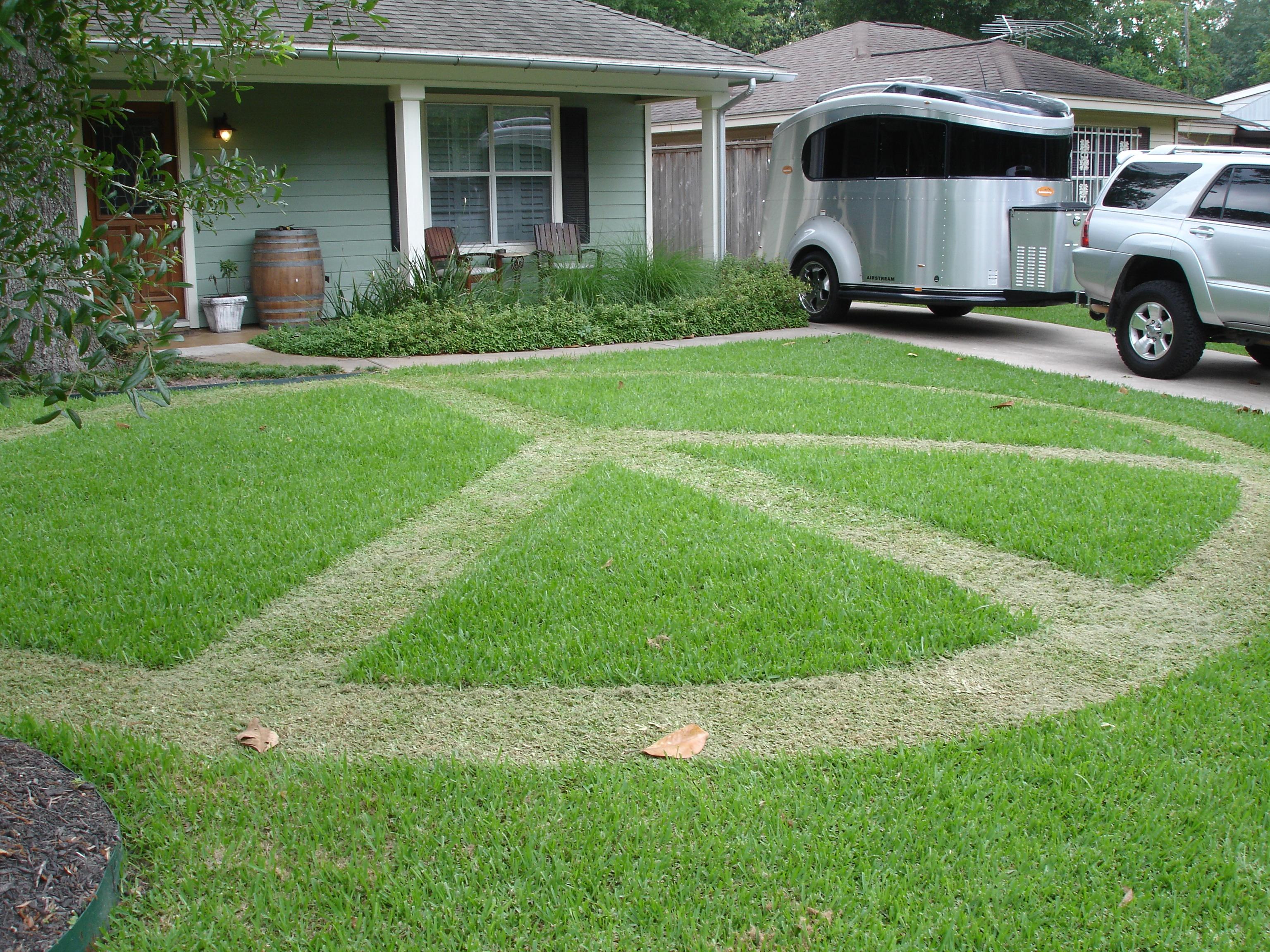 peace-lawn.jpg